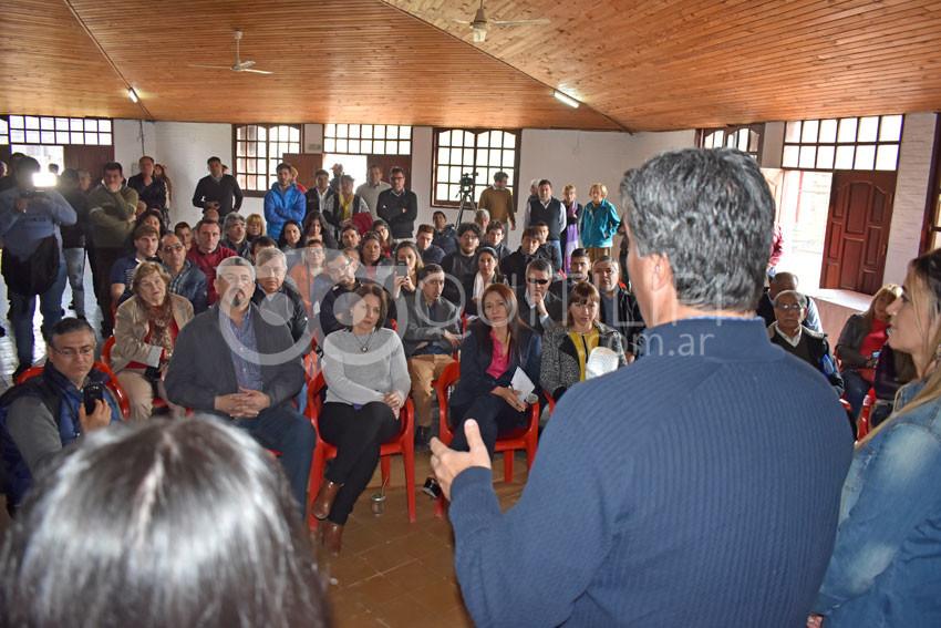 El candidato Jorge Capitanich escuchó a instituciones de Quitilipi 3