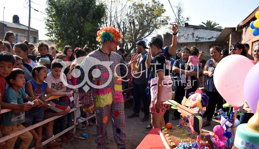 Barrio San Martín. La sala de primeros auxilios despidió el Mes del Niño 11