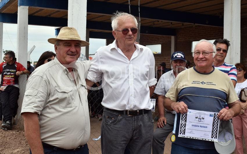 Lo que dejó el homenaje a ex pilotos del automovilismo quitilipense 76