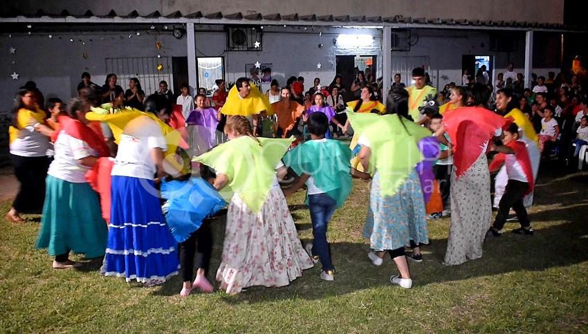 La Escuela Nº 17 con alegría y colorido despidió sus alumnos hasta el próximo año 7