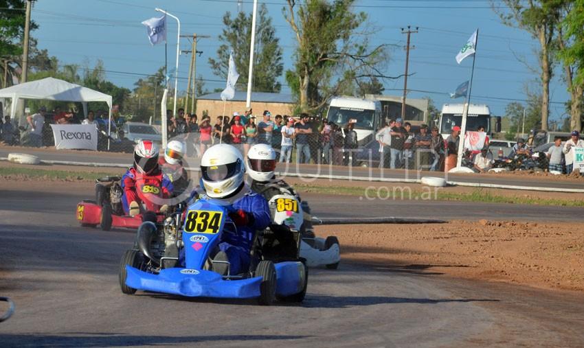 Karting Chaqueño. A Quitilipi todos vienen por la copa de campeón 40