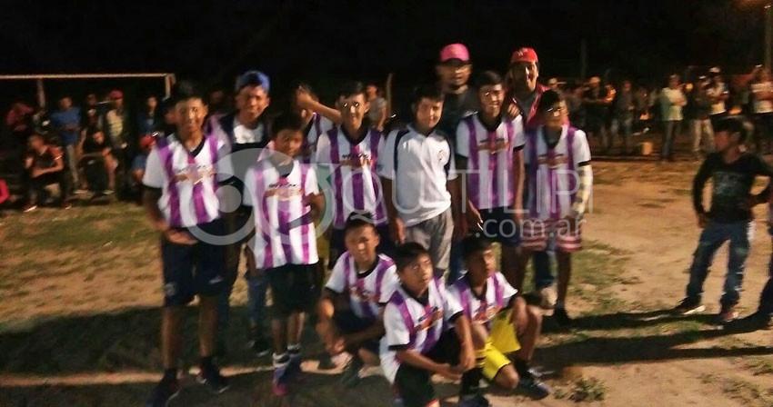 Atlético Aborigen Campeón en infantiles 25