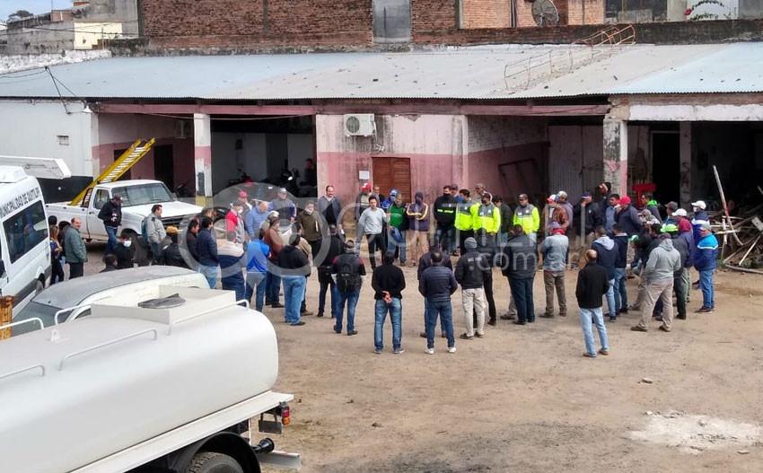 Trabajadores municipales en estado de alerta permanente 9