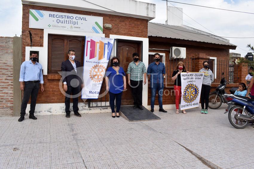 Rotary Club entregó donación en el Registro Civil 5