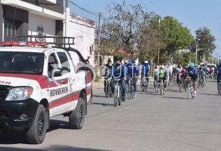 Concurrida bicicleteada por el medio ambiente y la salud de las personas 8