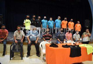 La Municipalidad entregó indumentarias a la Escuela de Árbitros de la LQF 16