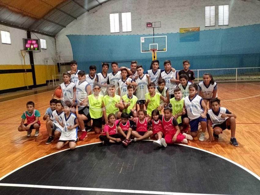El CIC debutó en básquetbol infantil 10