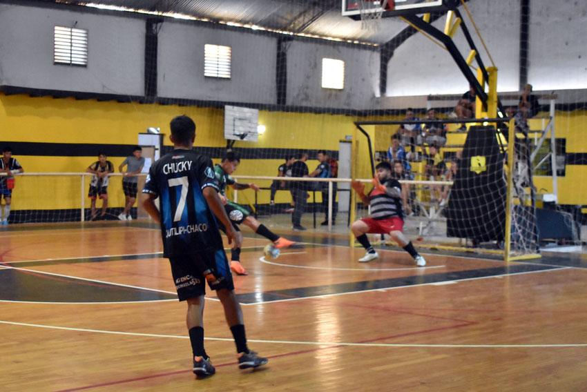 """Futsal: avanza la copa """"Ciudad de la Amistad"""" 13"""
