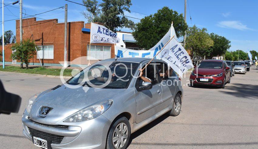 El Frente Sindical marchó por la cláusula gatillo, un salario digno y escuelas en condiciones 3