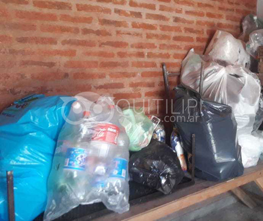 DOMINGO 7. Enlace Q intercambia bolsas y botellas plásticas por repelente y alcohol sanitizante 8