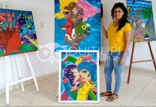 La pintora Carolina Saucedo, conforme y agradecida con la Feria del Libro 13