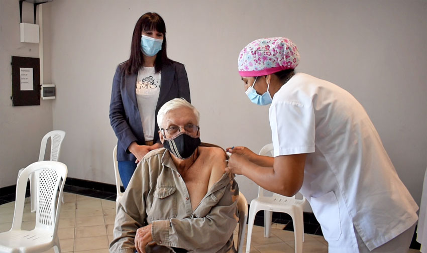 La Ministra de Salud visitó el vacunatorio en Quitilipi 10