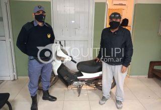 Un docente andaba buscando su moto que le habían robado y la encontró en la comisaría 26